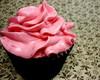 Cupcake - cobertura e recheio de morango