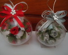 Bola de natal com mini rosas