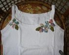 CAMISETA COSTUMIZADA COM FLORES