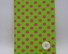 CADERNO BROCHURA P VERDE CONFETI ROSA