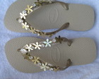 chinelo havaina top com tira de flor
