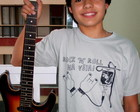 Camiseta Rock n roll na veia