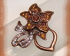 Broche  6005