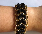 Pulseira de corrente com couro preto