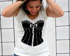 Camiseta estampa corset