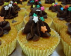 Mini cupcake de cenoura com chocolate