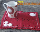 Mug Rug Vermelho com Flores Bracas
