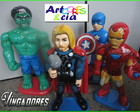 Vingadores Avengers em isopor com fibra