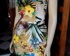 Vestido estampa tropical baile hawaiano