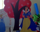 Display branca de neve e arvore