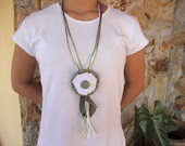 colar vintage PEA EXCLUSIVA!!!!