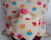 Kit: capa de almofada + almofada cupcake