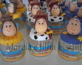 Personagens Toy Story No pote de PVC