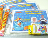Caderno de desenho (giz) Galinha