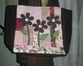 BOLSA MARROM EM PATCHWORK + EMB. PRESENT