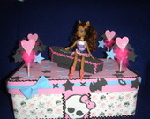 Caixa Bolo Monster High