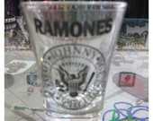 Copo Shot Ramones