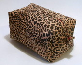 Necessaire Animal Print Oncinha