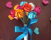 Mini Buqu de rosas em Origami