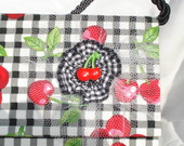 Lolipop Clutch Grande Xadrez com Cerejas