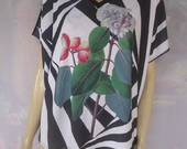 Blusa Quadrada Mullet Flores e Listras 2