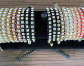 Pulseira Macram com strass e courinho