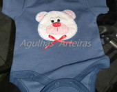 Body com patch aplique, bordado � m�o no