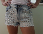 Shorts jeans , Hot Pants, tachas, spike