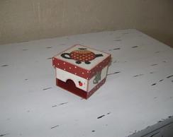 caixa de ch� (pequena)