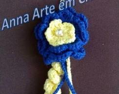 Chaveiro com Flor em Croch� Azul/Amarelo