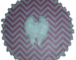 Placa Decorativa Asas Chevron Pink