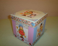 Decoupage com papel