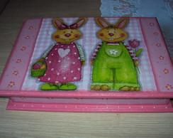 Caixa de P�scoa casal de coelhos