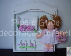 (MA 0045) Quadro mat.boneca cesta flores
