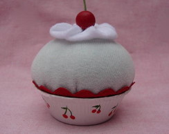 Cupcake Cereja com Chantilly Ref 007