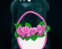 pote decorado com rosas