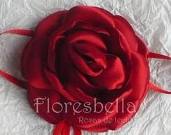 Broche com Rosa Tecido Vermelho Escarte