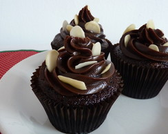 Cupcake de Chocolate com Am�ndoas