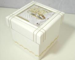 Caixa para Casamento Branca com Dourada