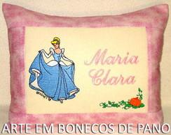 ALMOFADA BORDADA CINDERELA