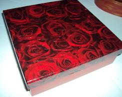 Caixa Rosas Vermelhas