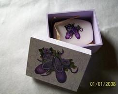 caixa de sabonete sapatilha