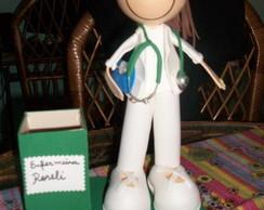 boneca enfermeira