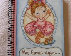 Caderno com capa de MDF