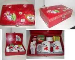 Caixa de ch� kit com canecas e ch�s