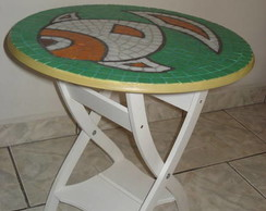 Mesa de apoio dobr�vel tampo em mosaico