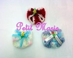 Mini fraldas em croch� Lembrancinha