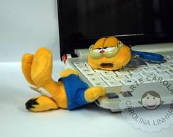 Pen drive em pel�cia Garfield