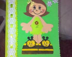 Caderno menina pantufa abelhinha