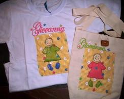 Camiseta e bolsa